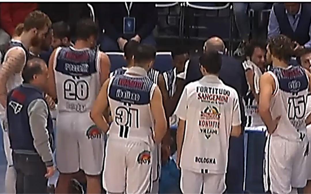 La Fortitudo ribalta il match nell'ultimo quarto e piega Forlì (75-73)