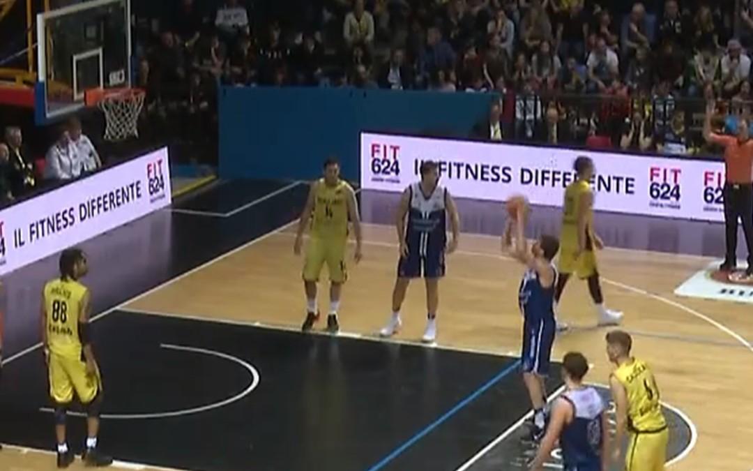 Sudando sette camicie la Effe batte Bergamo (91-89) e resta prima da sola