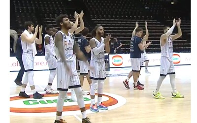 La Fortitudo è salva con la vittoria su Cantù (75-68)
